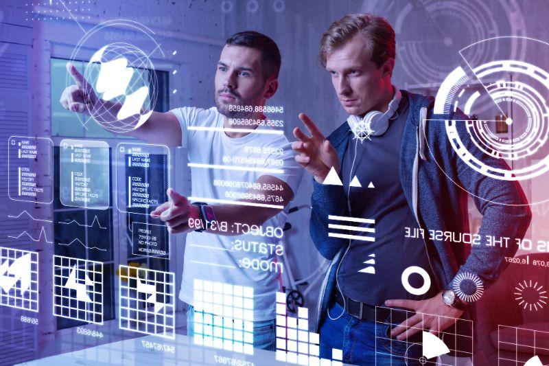 デジタルトランスフォーメーション(DX)とは?定義や事例をご紹介