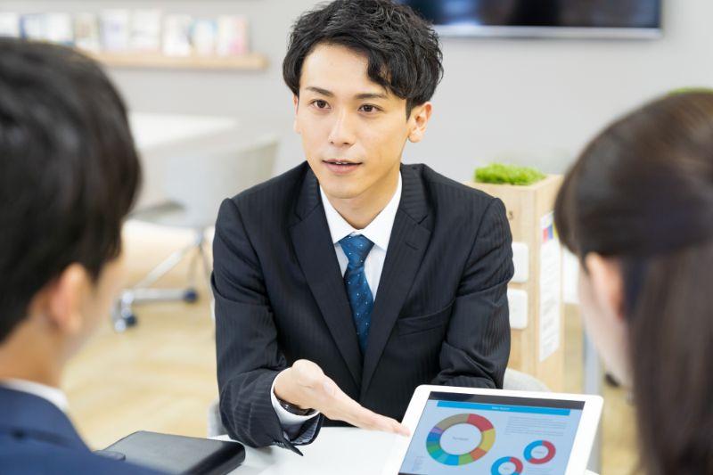 営業で役立つ心理学テクニック10選|顧客により信頼されるためには?