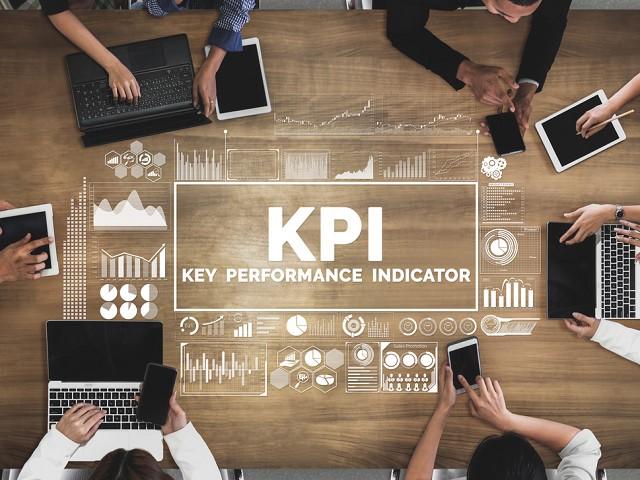 サブスクリプションビジネスにおけるKPIの重要性と設定のコツ