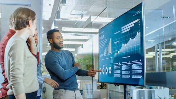 【2021年最新版】営業活動の改善に役立つ、60の重要な統計データ
